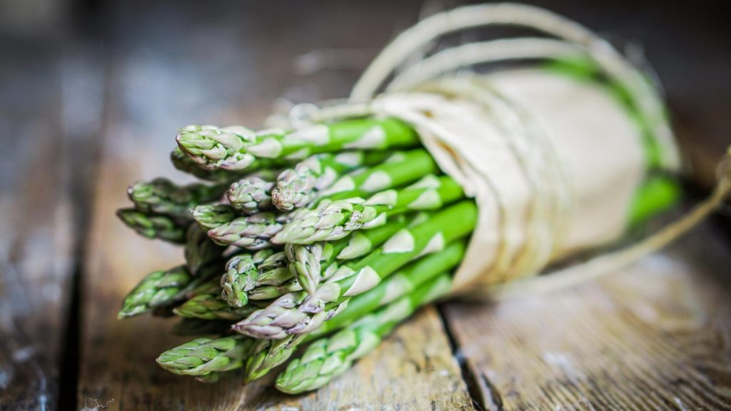 Serving Size and Frequency of Asparagus for Guinea Pigs