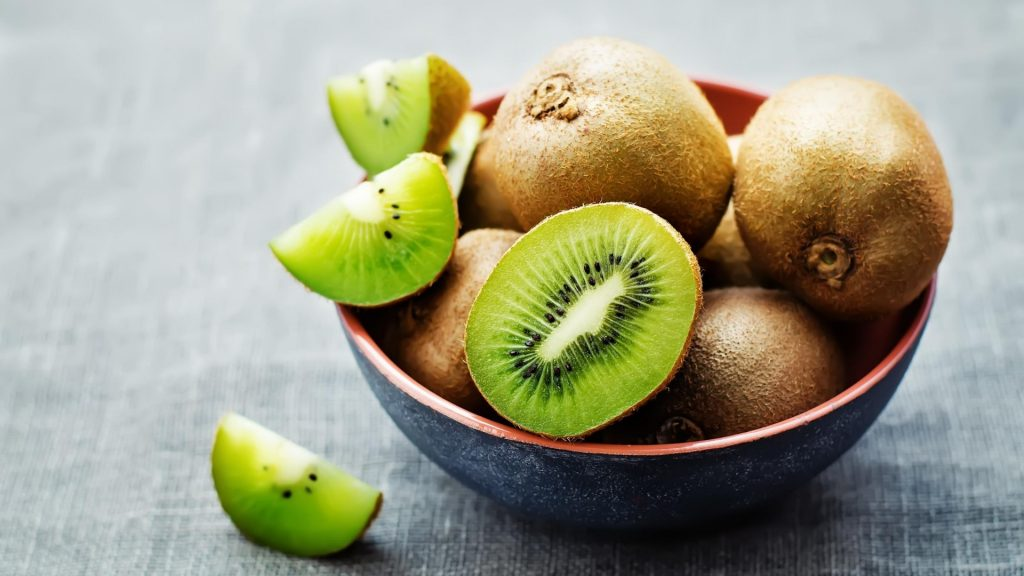 Serving Size and Frequency of Kiwi for Guinea Pigs